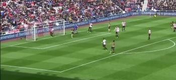 VIDEO: Mesut Özililtä koomisen suora palaute joukkuetoverin keskitykselle!